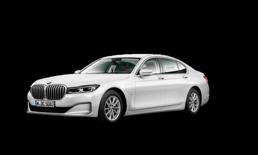 BMW 745e Plug-In Hybrid